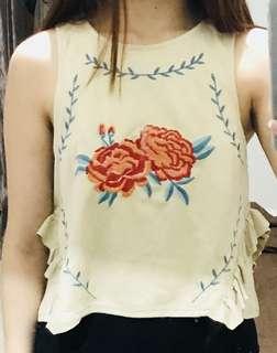Zara Trafaluc Spring Summer Crop Top Flower Embroidered