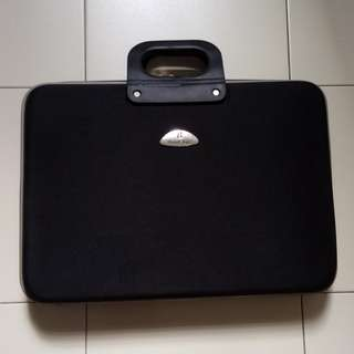 Used 14 inch Laptop Bag for sale