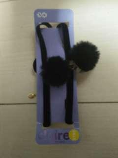 Black puffy cat choker
