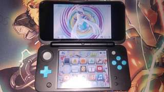 Nintendo New 2DS XL (4 games included !!)