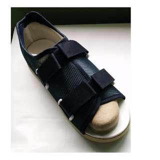 🚚 Post-Op Shoe / Medical Shoe