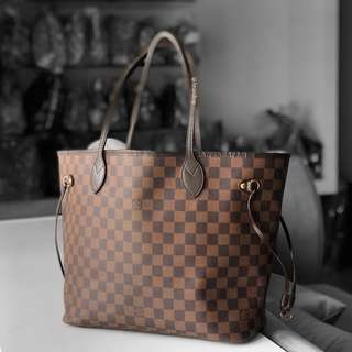 Authentic Louis Vuitton Damier Ebene Neverfull MM LV