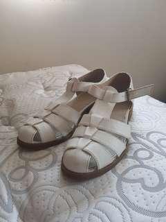 Lipstik White Shoes Size 8