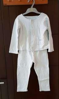 Baju tidur satu set ukuran 12-18 bulan