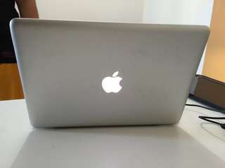 Macbook Pro 13.3 inches