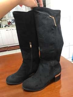 🚚 黑 長靴