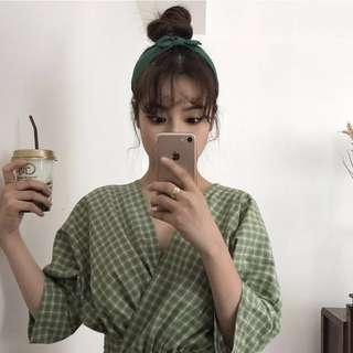 🚚 V領氣質修身長裙(綠色)