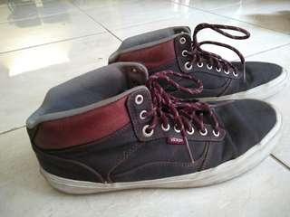 Sepatu Van's Ori