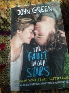 THE FAULT IN STARS by JOHN GREEN