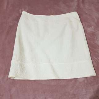 Sparkly white skirt