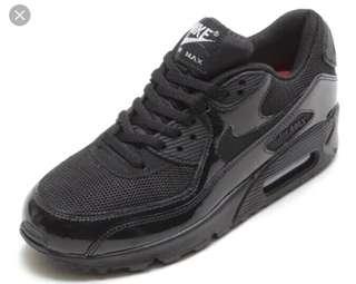 Black Shiny Nike Air Max 90s