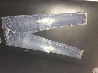 Denim ripped pants