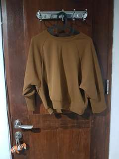 Magnolia - brown sweater