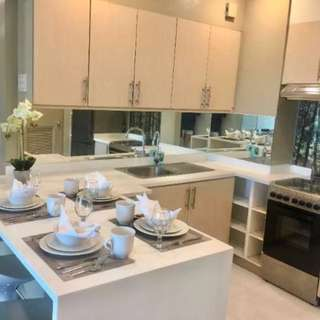 Two Serendra, 2 Bedroom for Rent, CRD22026