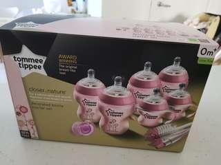 Tommee Tippee Bottle Starter Set Pink!
