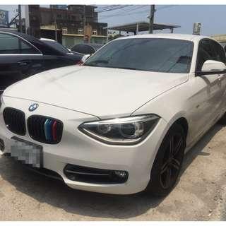 2012年 白 BMW 118I 跑4.4萬 全車系0頭款!! 讓你不用現金把車開回家