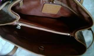 My free love LOUIS VUITTON sling bag