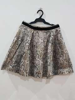 Snake-skin satin skirt