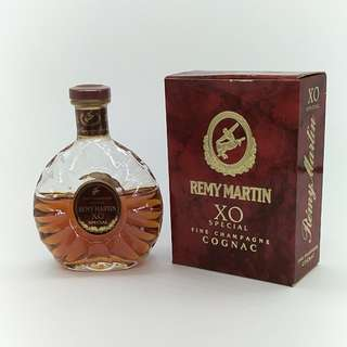 90年代尾人頭馬XO酒辦 (未開瓶)
