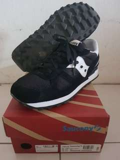 Authentic Saucony Shadow