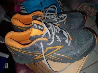 reebook sport shoes