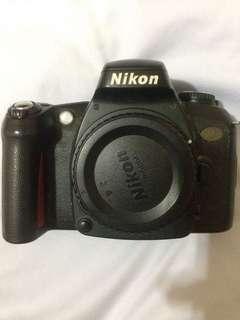 Nikon U2/F75