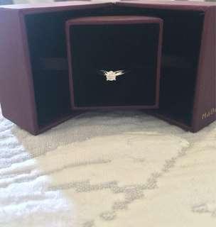 歡迎議價!有單(買了未夠一年)99% 新 26份 Mabelle G color 鑽石戒指