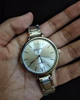 jam tangan fashion wanita