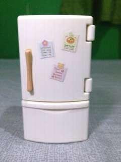 Sylvanian Refrigerator Set