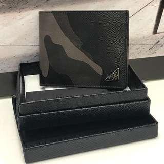 全新 Prada Wallet