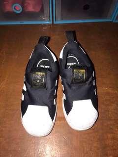 Adidas Sleep on black