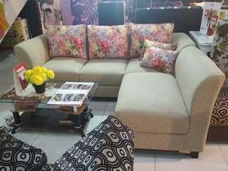 Sofa L putus + meja kaca
