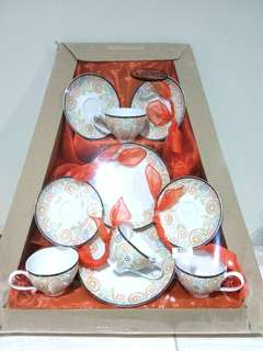 SALE! Parcel Lebaran Keramik Carnivale 450.