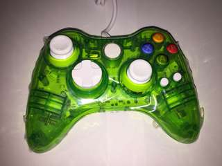 Xbox 360 wired controller with afterglow effect