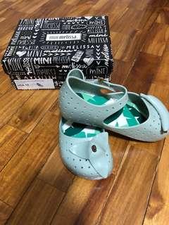 New with box mini Melissa furadinha green size 10