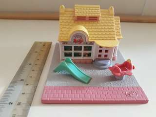 Polly Pocket toy shop: Pollyville (1993)