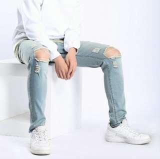 Men's open ripped jeans