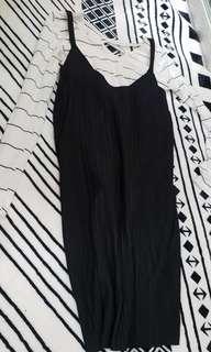 🚚 黑白♡衣服+裙子 一組