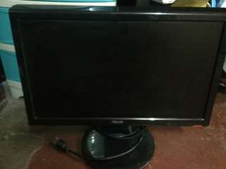 18inches Asus LCD Monitor