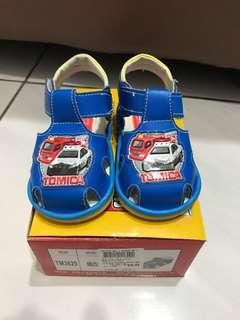🚚 多美小汽車啾啾鞋(8成新)(走路會啾啾的叫聲喔)