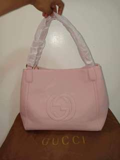 Gucci bag with sling