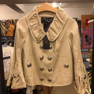 New Burberry beige short jacket size 40