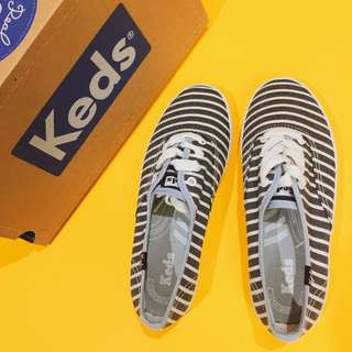 Keds White and Gray Stripes