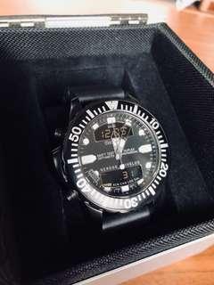 MOMENTUM Dive Computer / Watch | 95% NEW