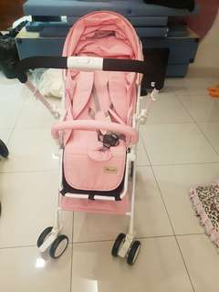 Stroller 99% new, just use 1 time only