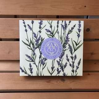 Aromas Artesanales De Antigua (AAA) bath and body gift set in Lavender scent