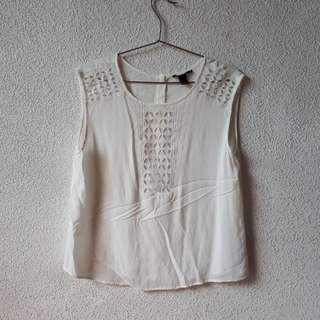 FOREVER 21 WHITE LACE TOP SMALL