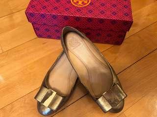 Tory Burch 金色平底鞋 39號