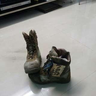 Delta shoe