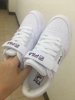 韓國限定Fila FX-VELTRAP 魔鬼氈 綁帶白色